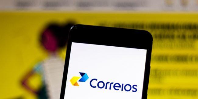 aplicativo dos Correios na tela do celular