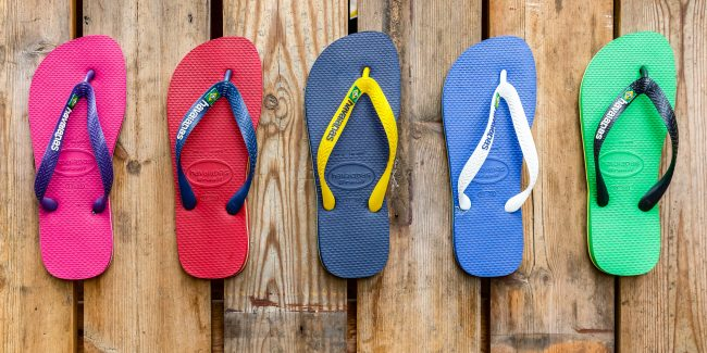 chinelos da marca Havaianas