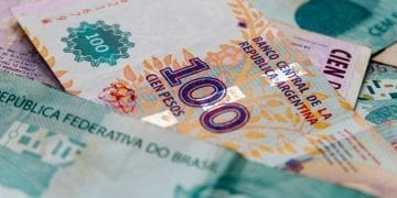 argentinian and brazilian currencies