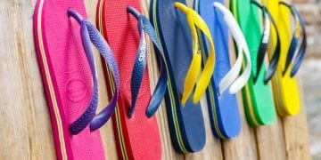 sandals from Havaianas brand