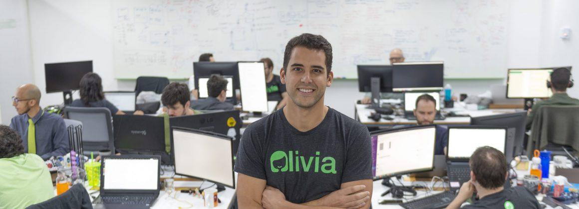 Lucas Moraes, Olivia's app cofounder