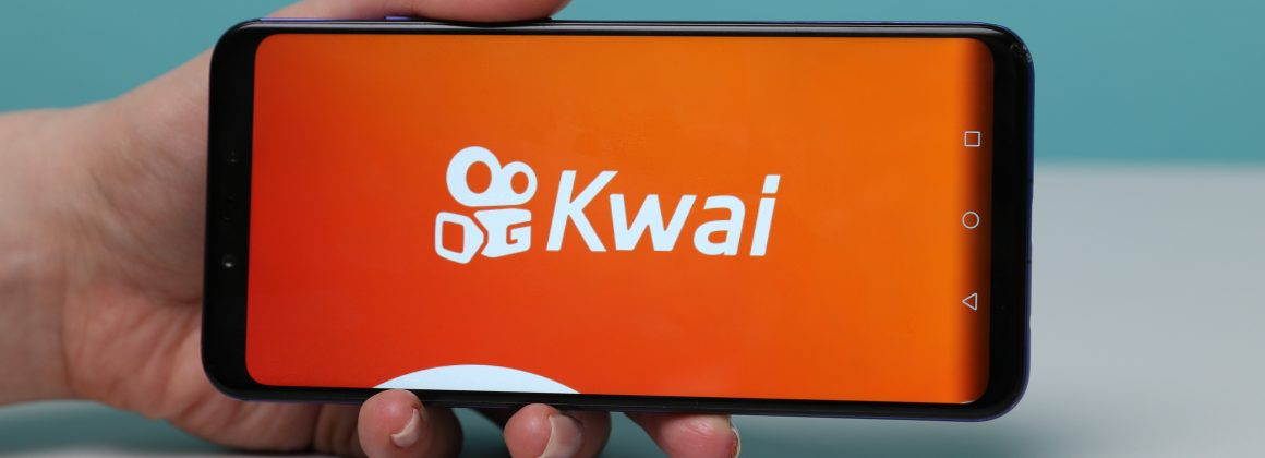 Smartphone with the app Kwai on the screen